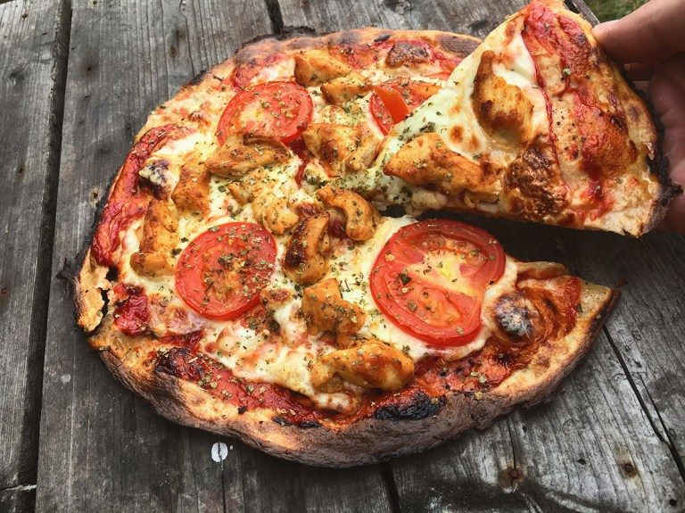 Fitness pizza s minimem sacharidů