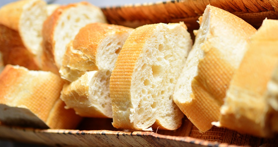 Bílé pečivo - bageta