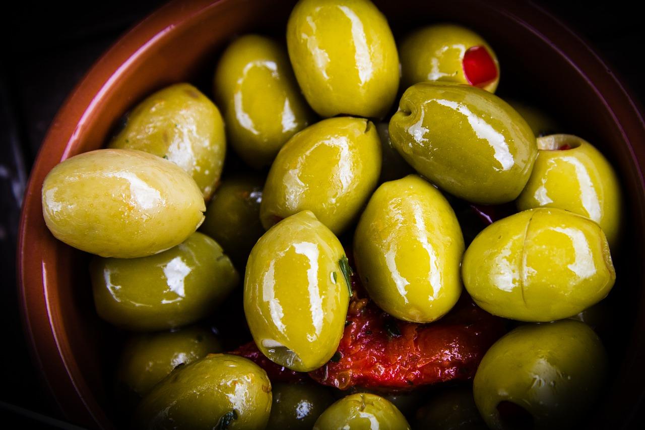 Olivy obsahují algináty