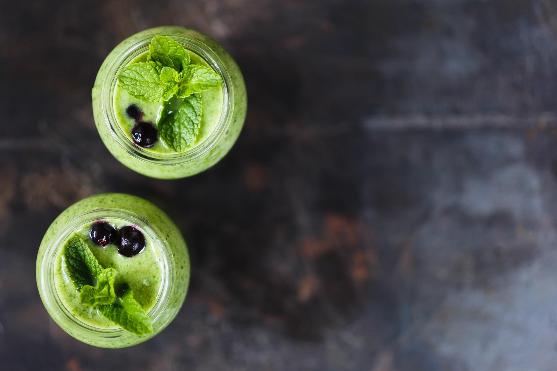 Smoothie - ovocné a zeleninové šťávy